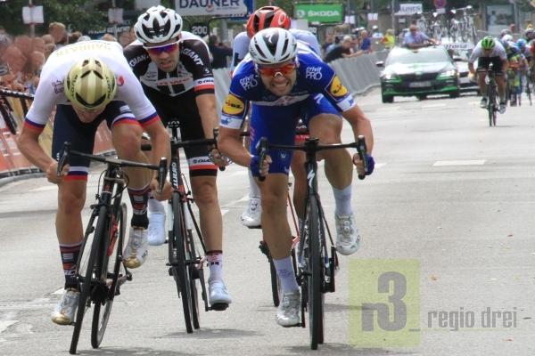 Spannender Wettkampf der Rad-Profis bei der Deutschland Tour in Trier.