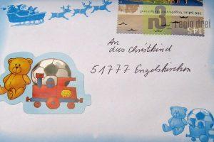 Seit 1985 betreibt die Deutsche Post in Engelskirchen eine Christkindpostfiliale. Tausende Zudschriften werden jedes Jahr beantwortet und gehen in die ganze Welt.