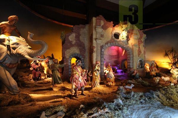 Die ArsKrippana zeigt faszinierende Darstellungen der Weihnachtsbotschaft aus aller Welt. Foto: Herbert Bruxmeier
