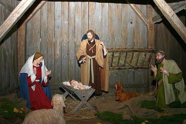 Weihnachtskrippe: Pfarrkirche St. Gervasius und Protarius Irsch.