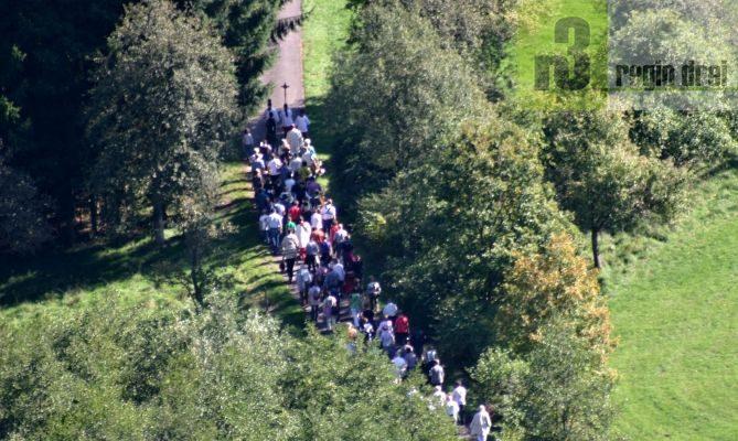 Serrig: Wallfahrt zum Heiligenborn