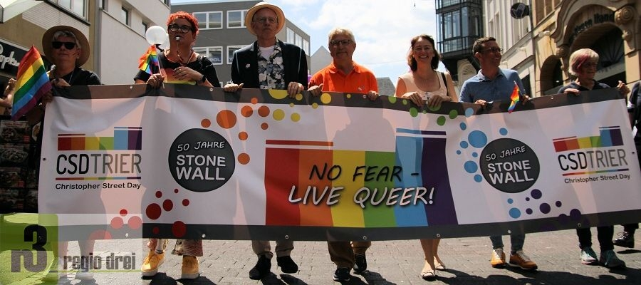 "Der CSD Trier 2019 - Motto: ""No fear – live queer! 50 Jahre Stonewall""."