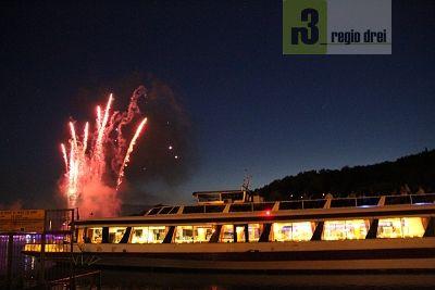 Feuerwerk: Fête de Saint Jean in Sierck-les-Bains. Foto: Regio/ Herbert Bruxmeier