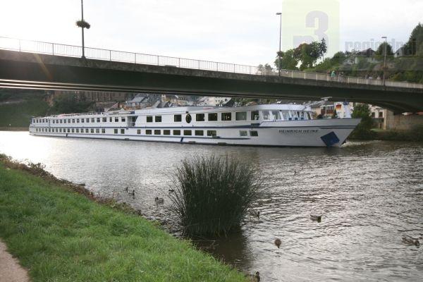 Flusskreuzfahrtschiffe in Saarburg