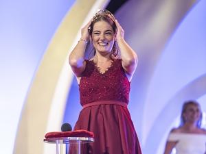 Eva Lanzerath von der Ahr  ist die neue Deutsche Weinkönigin 2020/2021. Bildquelle: Deutsches Weininstitut (DWI)