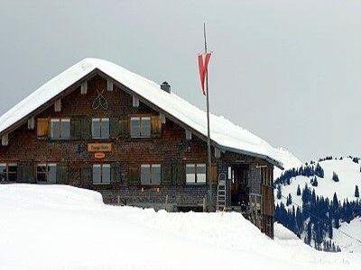 Burglhütte (1428 m.ü.M) Foto: regiodrei