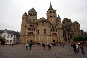 Hohe Domkirche Trier und Liebfrauenkirche. Foto: hb