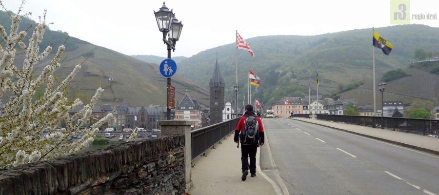 Brücke zwischen Bernkastel und Kues.