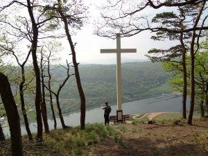Wandern auf dem Moselsteig: Von Benkastel-Kues nach Ürzig