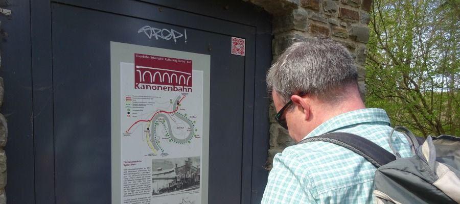 Die Kanonenbahn – der Eisenbahnhistorische Kulturweg Bullay-Reil, führt vorbei an Viadukten, Tunnelkonstruktionen, Brücken und zur Marienburg.