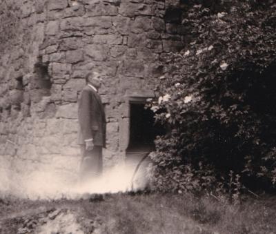 Teile der Ruine Schloss Meinsberg im Jahr 1962. Foto: privat